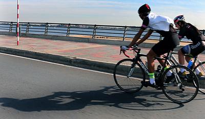 Este mes habilitarían carril exclusivo para ciclistas en la Costanera II