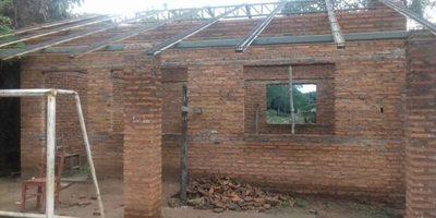 Construyen aula  en la escuela Sagrado Corazón de Jesús