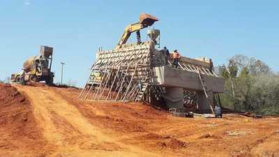 Construcción de puente en Caazapá beneficiará a miles de ciudadanos