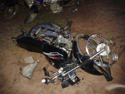 Ayolas: Adolescente fallece tras caerse de la moto