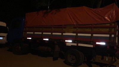 Incautan tres camiones repletos de azúcar