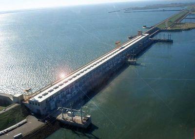 Consejeros realizaron visita técnica en la Central Hidroeléctrica de Yacyretá