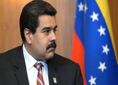 Maduro viaja a China en busca de oxígeno para su plan económico