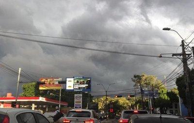 Meteorología alerta por ingreso de tormenta