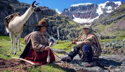 Perú postula a los Óscar y Goya una película en lengua aymara
