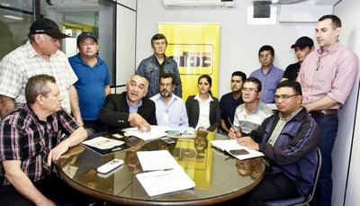 Defienden proyecto de área protegida para el río Yhaguy