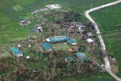 Casi cien filipinos sepultados en una mina tras tifón Mangkhut