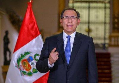 Presidente de Perú fortalece su poder ante el Congreso