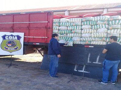 Requisan 65 toneladas de azúcar de contrabando