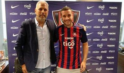 Marcelo Palau es nuevo futbolista de Cerro Porteño