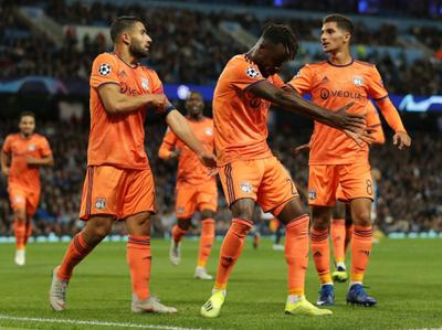 Manchester City perdió en su estreno en la Champions League