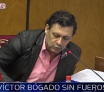 Víctor Bogado continúa desaforado, ratifica Senado