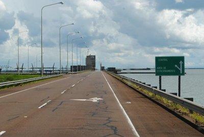 Firmaron acuerdo para tráfico vehicular Ayolas-Ituzaingó por la Represa de Yacyretá