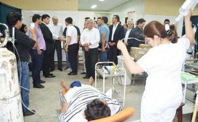 Ministro comprueba el paupérrimo estado del hospital de Caacupé