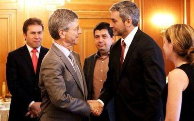 Jeffrey Sachs, asesor de Abdo