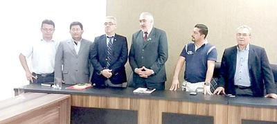 """Presuntos planilleros están """"indignados"""" con la denuncia del concejal Carlos Mora"""