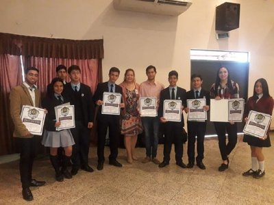 Jóvenes talentosos son distinguidos en Misiones