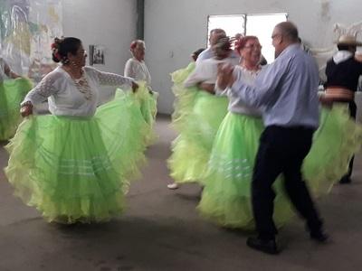 Adultos Mayores participaron de actividades recreativas