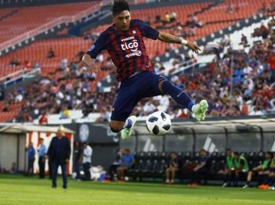 Arzamendia desea juagar por la selección paraguaya
