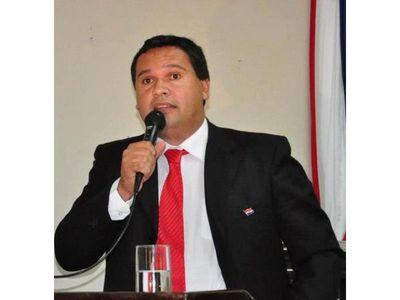 Dos propuestas para reglamentar perdida de investidura de parlamentarios