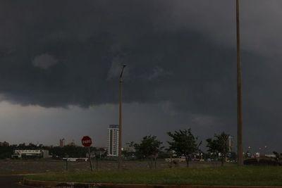 Anuncian tormentas eléctricas en 9 departamentos