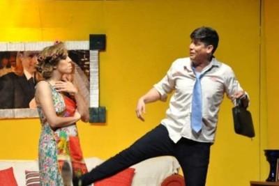 Lorito Oga A Sala Llena En El Teatro Latino
