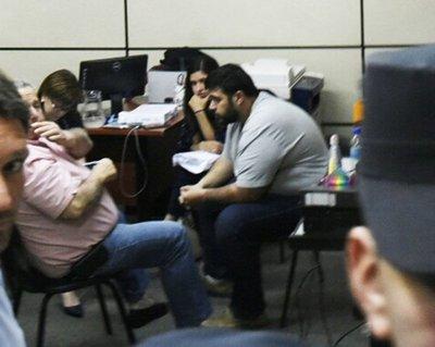 Fiscalía pide prisión preventiva para González Daher y su hijo