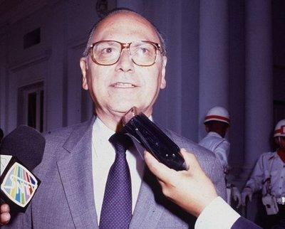 Fallece el excanciller Carlos Augusto Saldívar