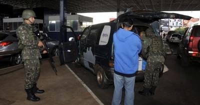 Brasil militariza su frontera con Operación Ágata