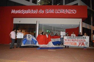 Vigilia contra presidente de la Junta de San Lorenzo