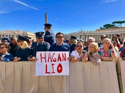 """El papa Francisco le responde a un paraguayo: """"Seguí haciendo lío"""""""