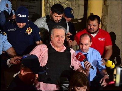 Fiscalía no descarta imputación por  usura  contra Óscar González Daher