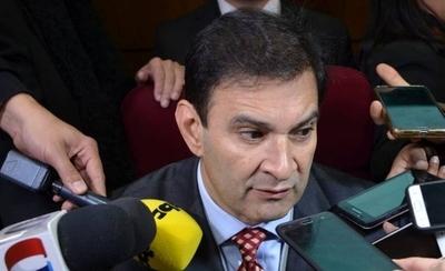 """HOY / Incidente con senador Cubas: """"Estamos perdiendo el señorío en la Cámara"""""""