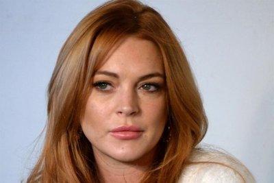 Polémico: el video en el que Lindsay Lohan intenta llevarse a niños refugiados