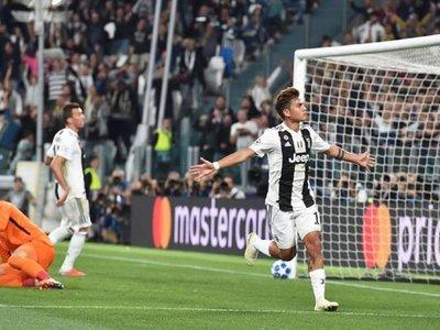 Un triplete de Dybala lanza a la Juventus