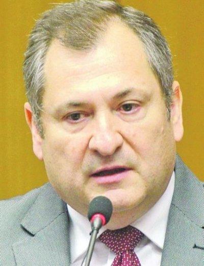 Piden suspender la designación de ministro de la Corte Suprema