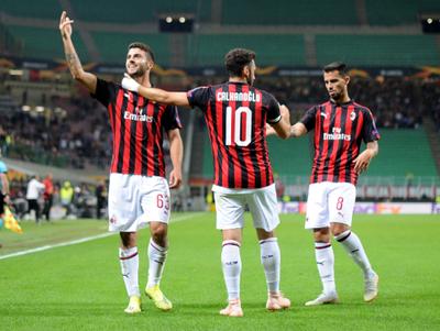 Milan remonta gracias un Cutrone inspirado