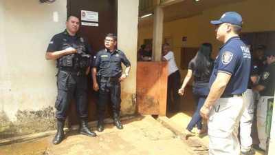 Allanan Municipalidad y Gobernación en busca de pruebas contra los Zacarías