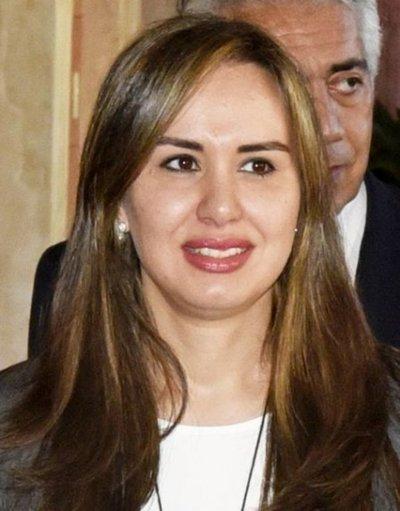 Exesposa de Ovelar fue comisionada al Senado