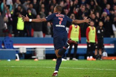 Mbappé lleva al PSG a firmar el mejor arranque