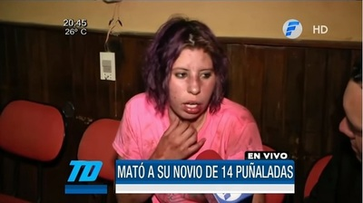 Mujer confiesa que mató a su pareja de 14 puñaladas