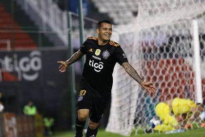 """Wili extiende su contrato: """"estoy contento y feliz en el Olimpia"""" · Radio Monumental 1080 AM"""