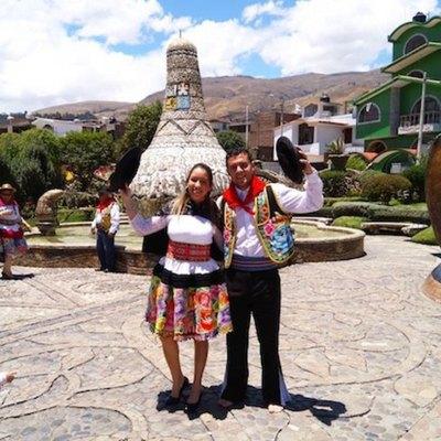 Pelotero con  look peruano