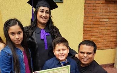 'Mortero Bala' Orgulloso Del Título Universitario Que Obtuvo Su Esposa