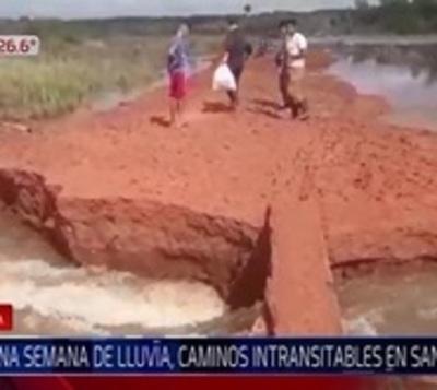 Caminos destruidos y población aislada tras lluvia y desborde de río
