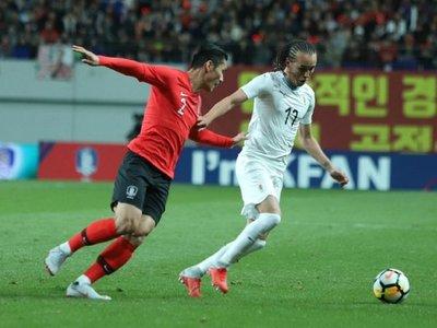 Un error defensivo provoca la derrota de Uruguay
