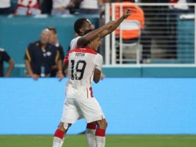 Perú superó a Chile en un amistoso