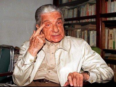 """Uruguay homenajea a Roa Bastos con edición de """"Yo el Supremo"""""""