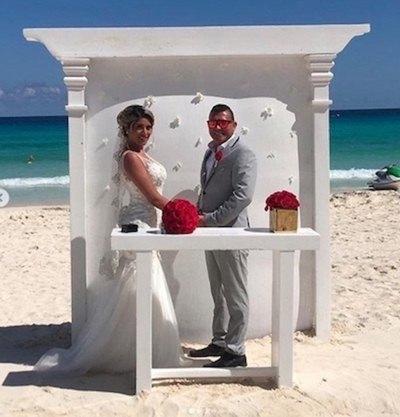 La boda de  modelo y el empresario