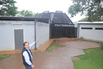 Millonaria obra se inunda con cada lluvia en colegio de CDE